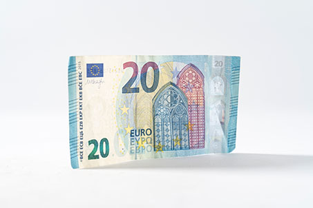 Currency_453px
